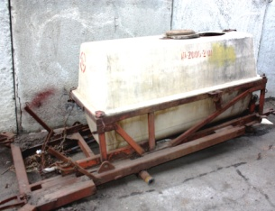 Старое шасси ОПШ с бочкой